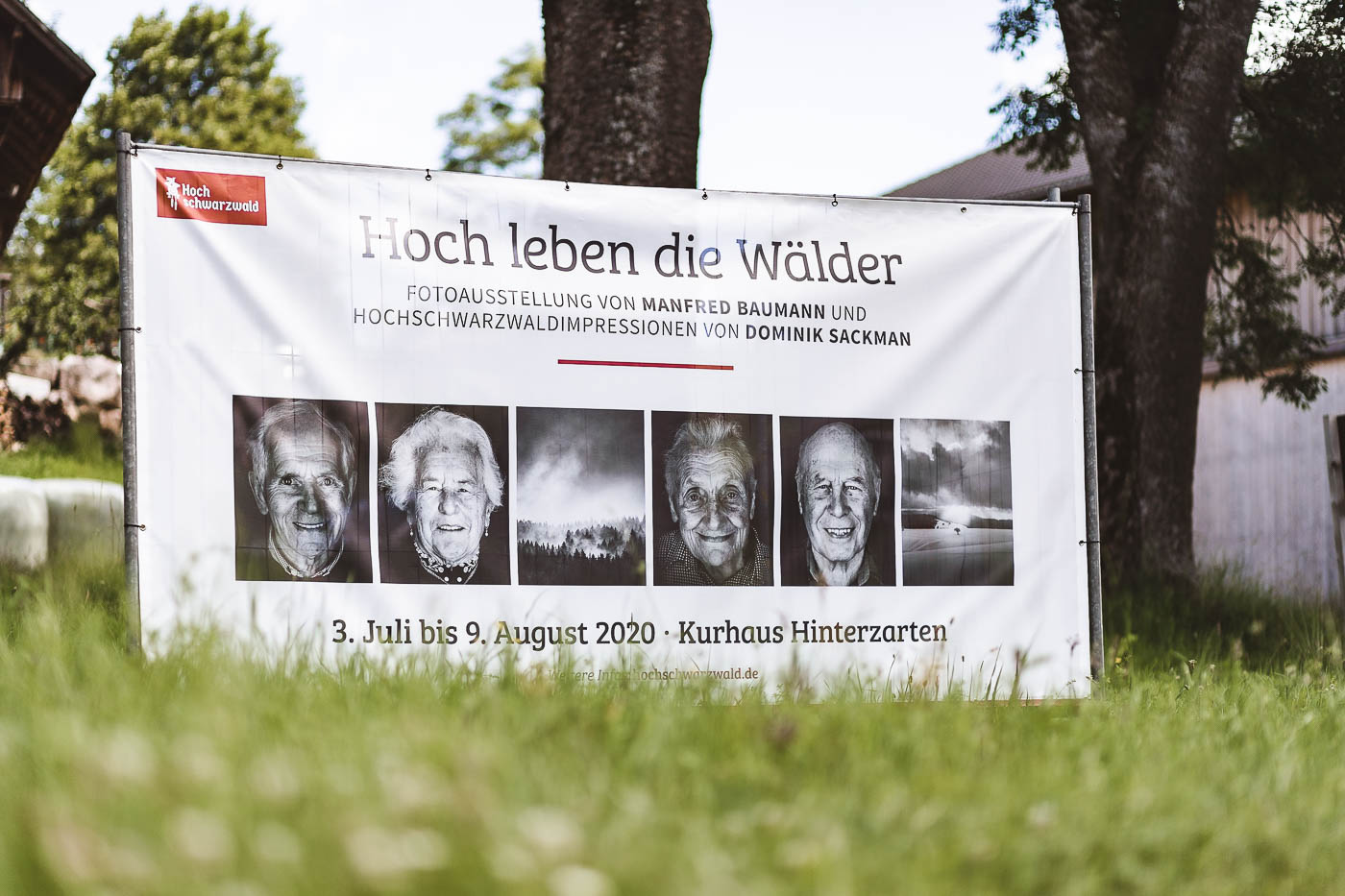 lichtwerk-fotograf-dominik-sackmann-fotografie-kirchzarten-hinterzarten-ausstellung-hoch-leben-die-wälder-waelder-manfred-baumann